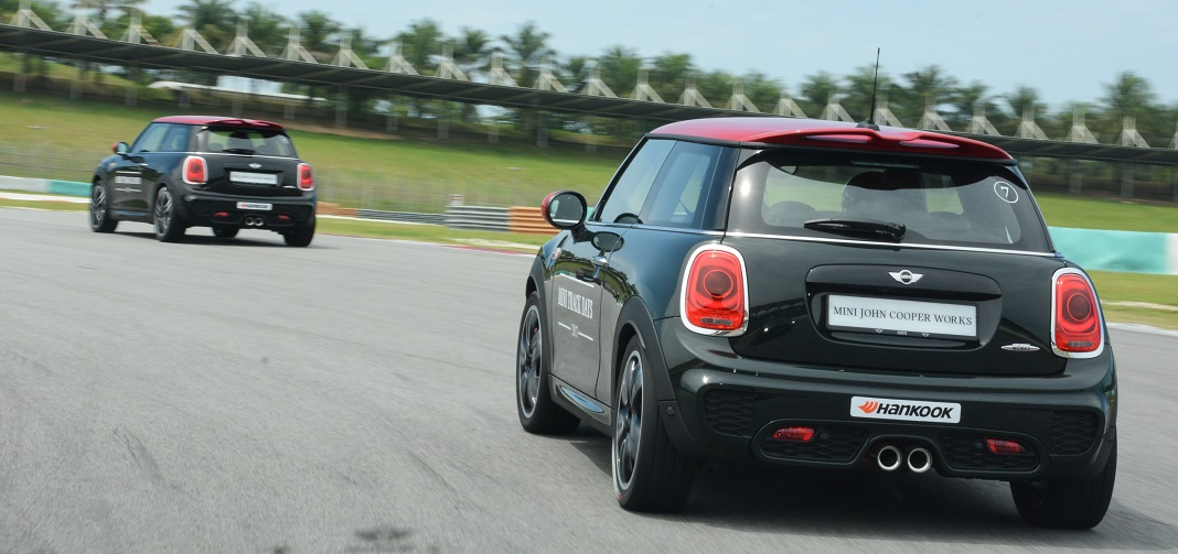 Zero To Many Grins In Every Corner Not The Fastest Hatch For Money But Fun Comes Easy With Jcw